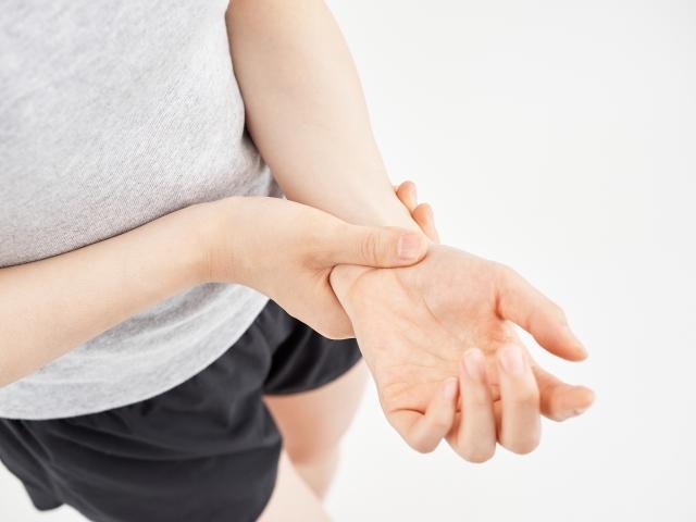 手首の痛みイメージ